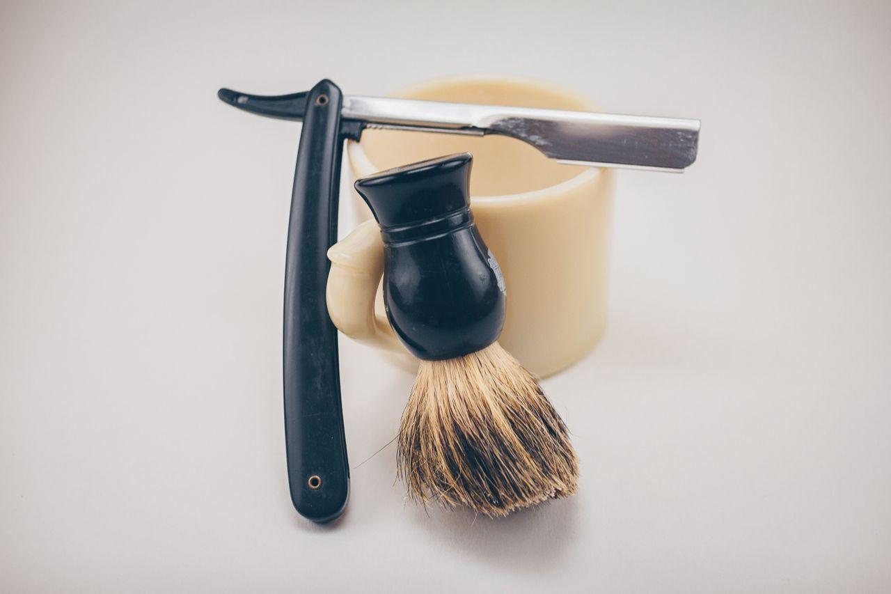 Sustainable shaving razor